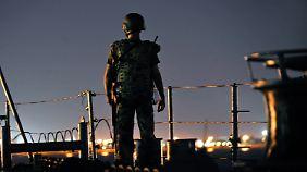 SPD beurteilt Vorstoß zurückhaltend: Von der Leyen will Bundeswehr nach Afrika schicken