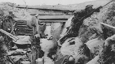 Jahrelange Grabenkämpfe zermürben die Soldaten, verschaffen aber keiner Seite Geländegewinne oder einen Vorteil.