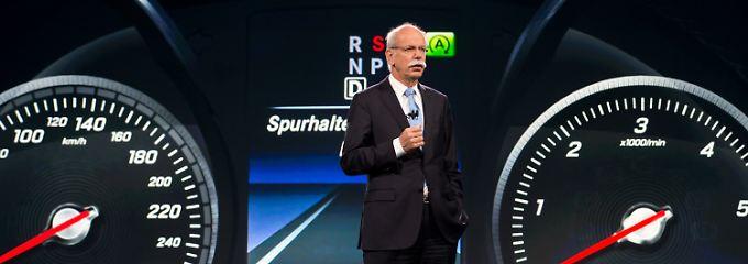 Daimler-Chef Zetsche: Hier bei der Vorstellung der Mercedes Großraumlimousine aus der neuen V-Klasse.