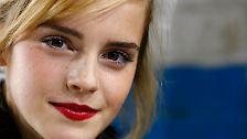 Längst macht die 23-Jährige nicht nur als Schauspielerin Karriere - auch als Model startet die schöne Britin durch.