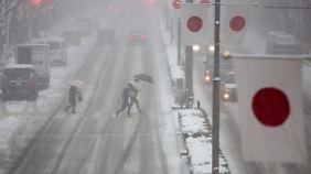 Seit Jahrzehnten hat Japan keine solchen Schneemassen gesehen.