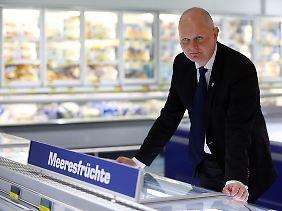 Gesprächstermin in der Tiefkühlabteilung: Metro-Chef Olaf Koch (Archivbild).
