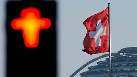 Zuwanderungsstopp in der Schweiz: Volksentscheid löst Ängste und Diskussionen aus