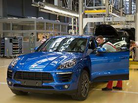 Zwischen SUV und Sportwagen: Mit dem Macan erweitert Porsche die hauseigene Produktpalette.