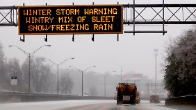 US-Amerikaner trotzen Schnee: Winter hat Südstaaten fest im Griff
