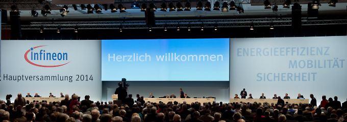 Aktionärstreffen im ICC München: Infineon liefert Chips für Bereiche wie Energieeffizienz, Mobilität und Sicherheit.