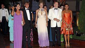 Bei der Verlobungsfeier von Albert und Charlene war Ernst August noch dabei. Zur Hochzeit fehlte er gänzlich.