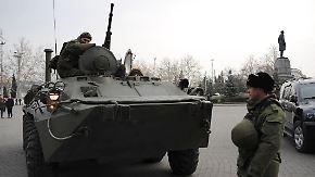 Spaltung in der Ukraine?: Putin rasselt mit dem Säbel