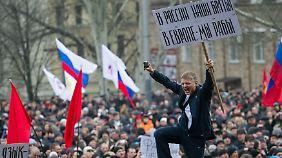 Unruhe in Charkow, Donezk, Odessa: Pro-russische Großdemos im Osten der Ukraine halten an