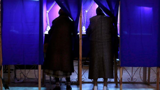Die Bewohner der Krim stimmen über ihre Zukunft ab - die Wahl der Optionen ist dabei sehr beschränkt.