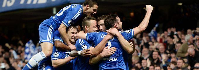 Königsklasse ohne Briten? Gibt's erst einmal nicht. Chelsea zieht nach dem Sieg gegen Galatasaray ins Viertelfinale ein.