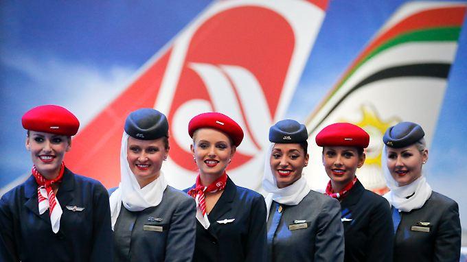 Viele neue Kollegen? Etihad will Air Berlin angeblich mit Alitalia verschmelzen.