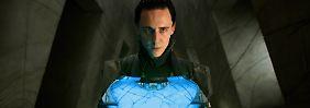 """Der nordische Gott Loki hat es bis in die Comicwelt von Marvel und auf die Kinoleinwand gebracht - hier Tom Hiddleston in """"Thor"""". Doch auch in """"American Gods"""" spielt er eine Rolle."""