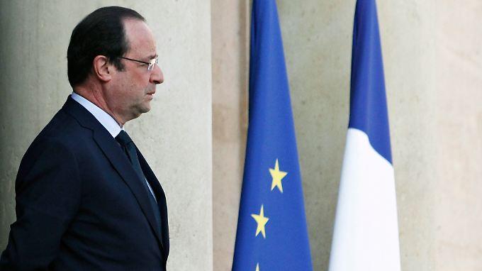 François Hollande wird von rechts bedrängt.