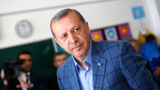 Kaum hat Erdogans konservative Partei die Wahlen gewonnen, werden die Internetsperren ausgeweitet.