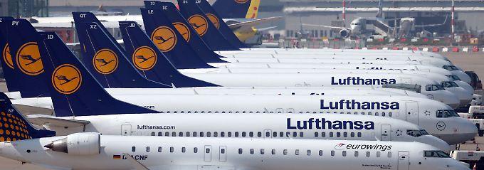 """""""Domestic and intercontinental"""": Die Lufthansa lässt angesichts der Streikdrohung 9 von 10 Flügen vorsorglich ausfallen."""