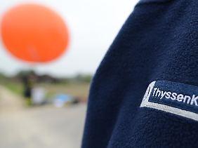 """Viel aus """"Stuttgart 21"""" gelernt: Mit einem Testballon, der die projektierte Höhe des Testturms anzeigt, bemühte sich das Unternehmen bereits im vergangenen Herbst um eine frühzeitige Einbindung der Anwohner."""