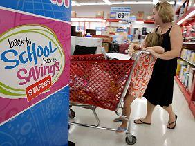 Die ansonsten sehr konsumfreudigen Amerikaner sind sehr vorsichtig geworden.