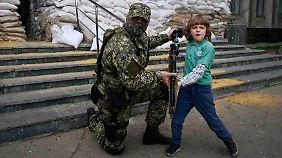 """""""Großes Maß an Gesetzlosigkeit"""": Ukraine benötigt dringend Stabilisierung"""