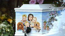 Peaches letzte Reise: Ein Bild ihrer Liebsten ziert Geldofs Sarg