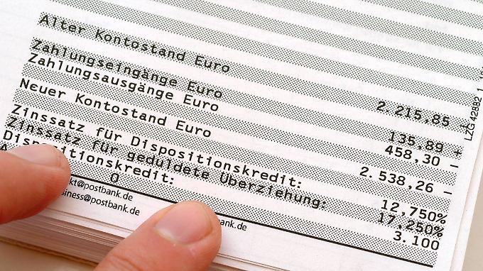 Regierung plant Warnpflicht: Einige Banken schaffen Überziehungszinsen für Dispo-Kredite ab