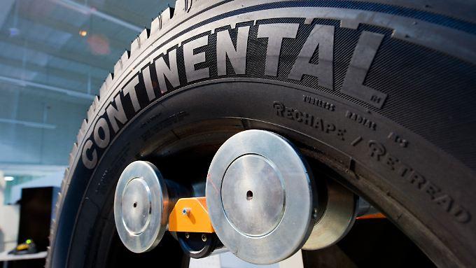 Der Automobilzulieferer Continental legt unterm Strich auch sank sinkender Finanzierungskosten deutlich zu.