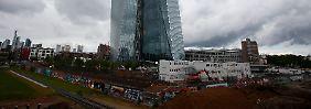 Chef auf Dienstreise: Die neue Zentrale der Europäischen Zentralbank in Frankfurt am Main wollen die Währungshüter Ende des Jahres beziehen.