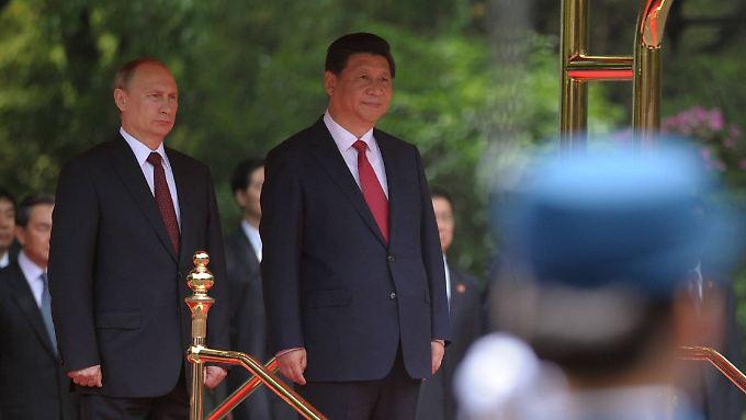 Wladimir Putin und Xi Jinping schmieden eine für Russland lukrative Gasallianz.