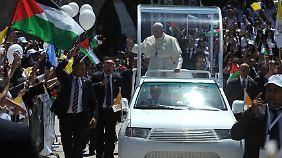 Papstbesuch in Israel: Franziskus gedenkt Opfer des Holocaust