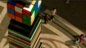 500.000 Steine für den Rekord: Budapest baut den höchsten Lego-Turm der Welt