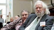 Alexander Shulgin 2005 mit seiner Frau Ann am MIT.