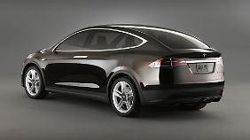Letztlich soll das Model X eine Mischung aus Kleinbus und SUV sein.