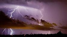 Schwere Unwetter ziehen über Deutschland hinweg.