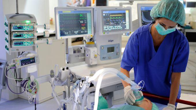 Drägerwerk produziert und vertreibt seit 1889 Geräte und Systeme in den Bereichen Medizin- und Sicherheitstechnik.