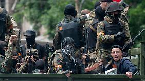 Schwere Vorwürfe gegen Russland: Ukrainische Armee erobert Mariupol zurück
