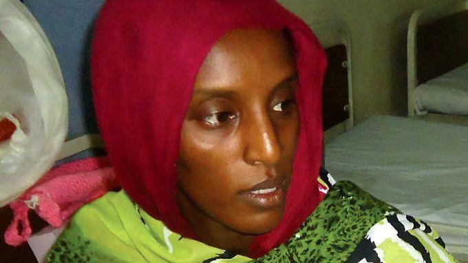 In Ketten gelegt brachte Mariam Ischag ihr Kind im Gefängnis zur Welt.