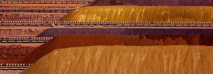 Eisenerzberge von Rio Tinto im westaustralischen Parker Point.