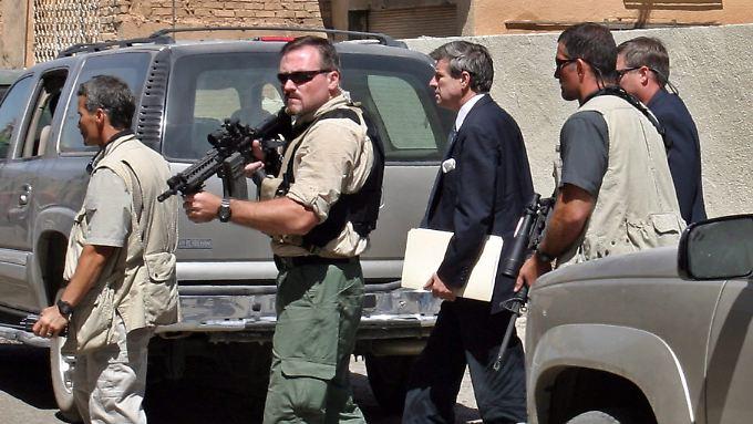 Blackwater-Manager soll den Chefermittler des US-Außenministeriums mit dem Tod bedroht haben. Blackwater hat nach dessen Darstellung im Irak das alleinige Sagen gehabt.