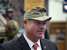 Mann mit Mütze: Ex-Minister Dirk Niebel trug gern seine Fallschirmjäger-Mütze. Die ist inzwischen im Museum.