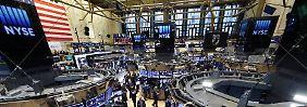 Boomender Arbeitsmarkt treibt an: Dow erstmals über 17.000