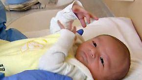 Mit Opiaten gegen Kalten Entzug: Babys leiden unter Crystal-Meth-Sucht ihrer Mütter