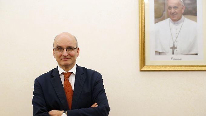 Differenzen mit dem Papst?: Deutscher Chef der Vatikan-Bank räumt seinen Posten