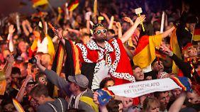 """WM-Euphorie in Deutschland: """"Einfach die Nacht genießen und eskalieren"""""""