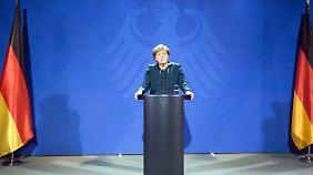 Die Küsterin der Macht kam am 17. Juli 1954 in Hamburg zur Welt.