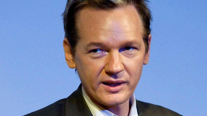 Assange fühlt sich von US-Geheimdiensten verfolgt.