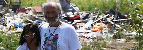 EU erhöht Druck auf Russland: Eltern von deutschem MH-17-Opfer besuchen Absturzstelle
