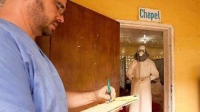 Epidemie in Afrika auf Vormarsch: US-Arzt in Liberia an Ebola erkrankt