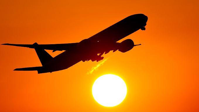 Bereits mehrere asiatische Fluglinien haben Ruhezonen mit Kinderverbot eingeführt.