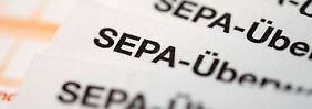 Unternehmen und Vereine dürfen seit 1. August Lastschriften und Überweisungen in Euro nur noch im Sepa-Format tätigen.