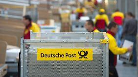 Steigende Umsätze, sinkende Margen: Deutsche Post will am Lohn der Mitarbeiter schrauben